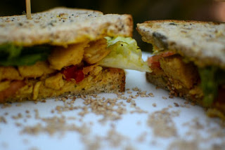 sandwich de pollo al curry